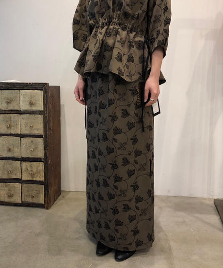 S-02 Flower embroidery Skirt
