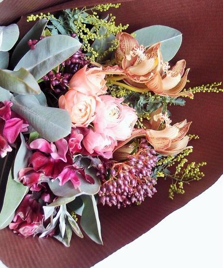 季節のおまかせ花束  @8800