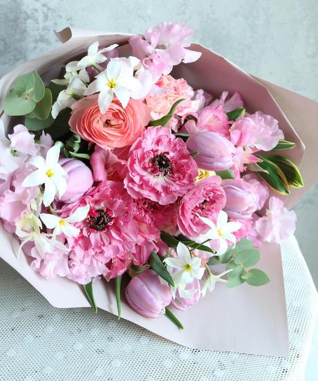 季節のおまかせ花束  @13200