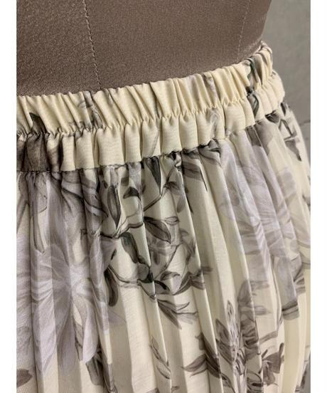 ボタニカルフラワーシアープリーツスカート(アイボリー)