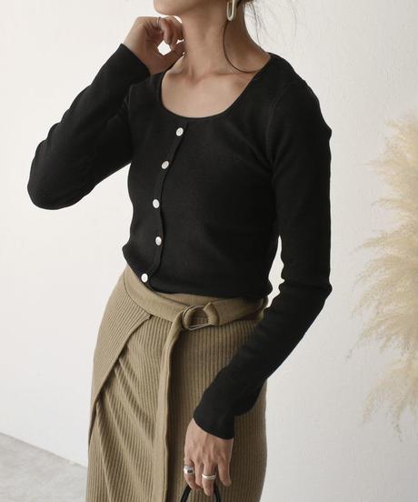 knit-02043 SQUARE NECK CARDIGAN‐LIKE