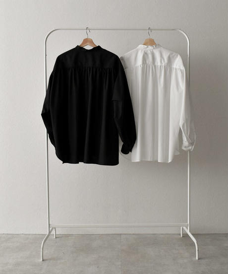 tops-04045  MADE IN JAPAN  VOLUME SLEEVE GATHER BLOUSE