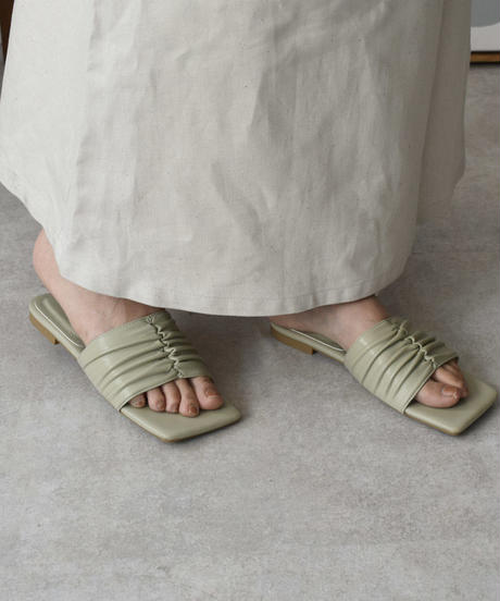 shoes-02111 SOFT GATHER FLAT SANDALS