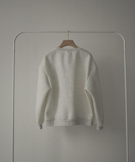 tops-02276 A PACTH BRUSHED BACK SWEATSHIRT