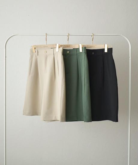 bottoms-02115 TUCK HALF PANTS