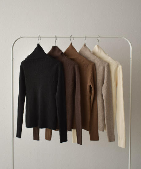 knit-02101 FINGERHOLE TURTLENECK KNIT
