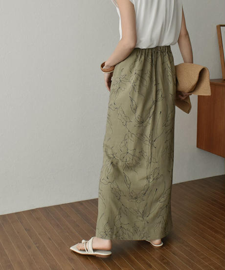 bottoms-04043 MADE IN JAPAN DRAWING FLOWER FLARED SKIRT