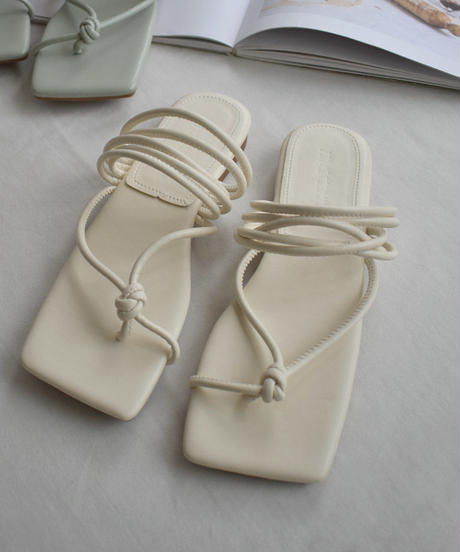 shoes-02112 THONG SANDALS