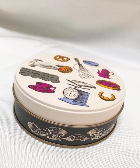 ドレッセ・クッキー&ムラング缶
