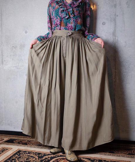 Many Tucks Super Wide HAKAMA Pants
