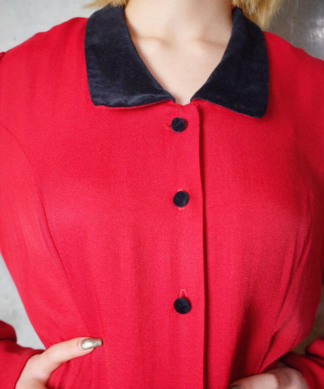 Red Rayon × Black Velvet Collar & Button Dress