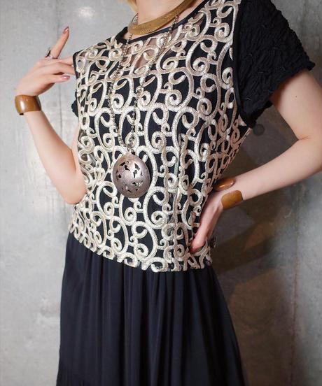 Art Nouveau Embroidery Mesh Vest
