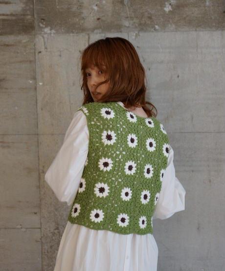 dareka  original knit  vest g.w.b