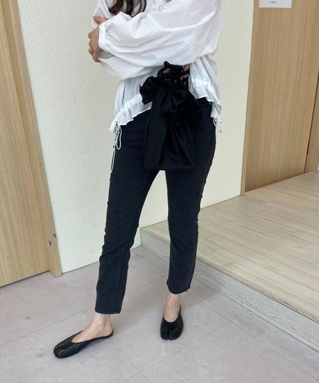 Black denim skiny pants