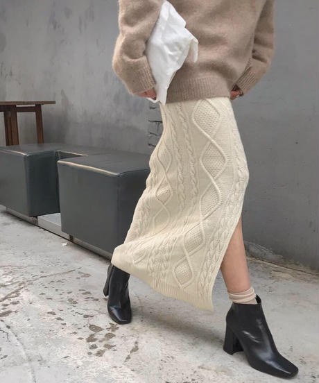 wool cable knit skirt