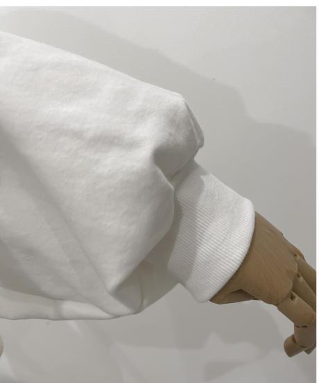 ロゴ刺繍クロップドスウェット / Logo Embroidery Cropped Sweat