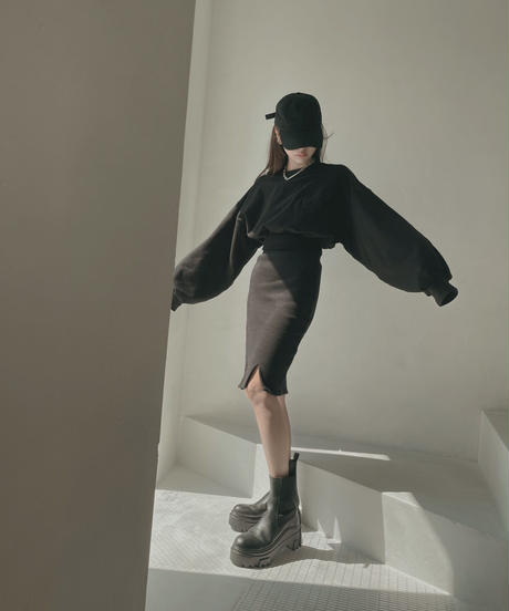 フロントスリットスカート / Front Slit Skirt