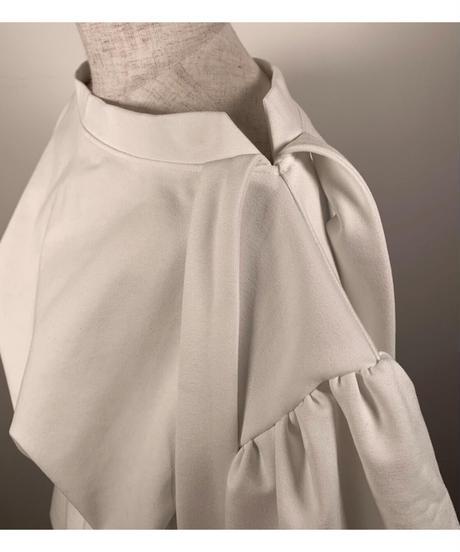 ボリュームスリーブリボントップス Volume Sleeve Ribbon Tops