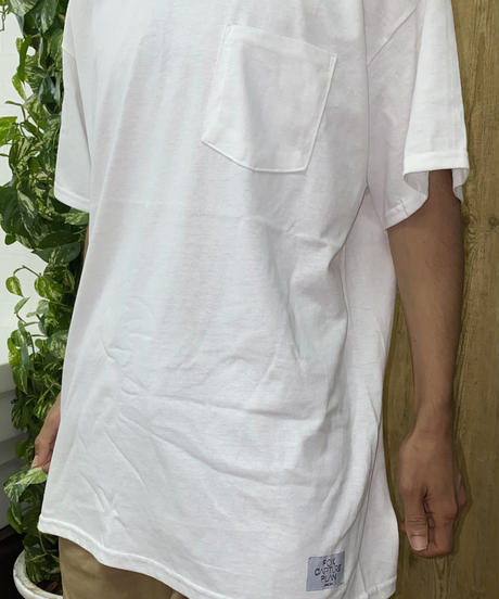 """ ESCAPE -Tribute to fox capture plan- "" ART WORK ポケット Tシャツ【ホワイト×ブラウン】"