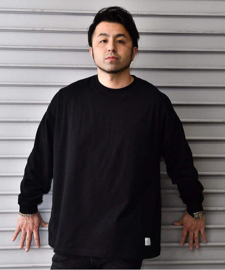 タグ付きビッグシルエット・ロング・スリーヴTシャツ【ブラック】