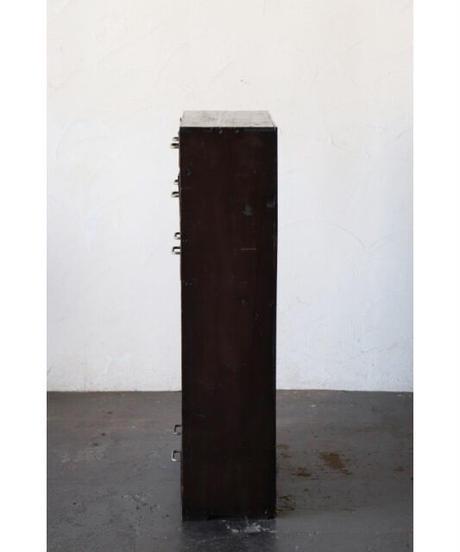 箪笥 / 板戸棚