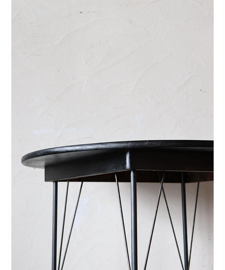 丸テーブル / 鉄脚