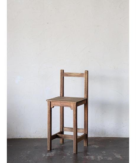 背付椅子 a