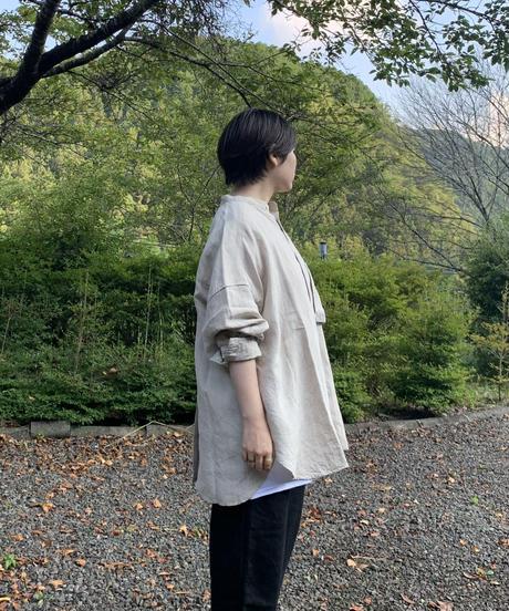 UT213SH020 トリプルワッシャーリネン バンドカラーシャツ【012/キナリ】