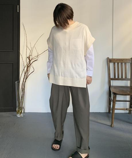 UT212KN001 ベルギーリネンニットベスト【013/アイボリー】