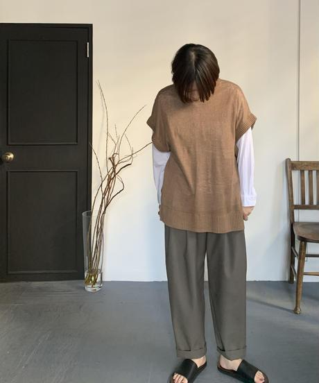 UT212KN001 ベルギーリネンニットベスト【021/モカ】