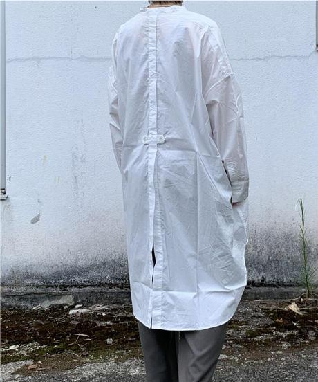 UT211SH009 ナチュラルタイプライター バンドカラーロングシャツ