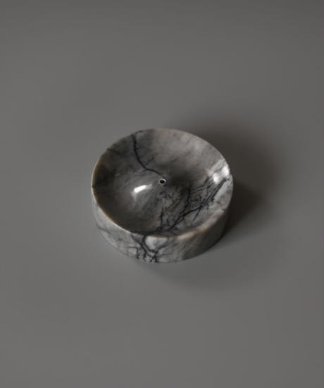 Binu Binu / Incense holder