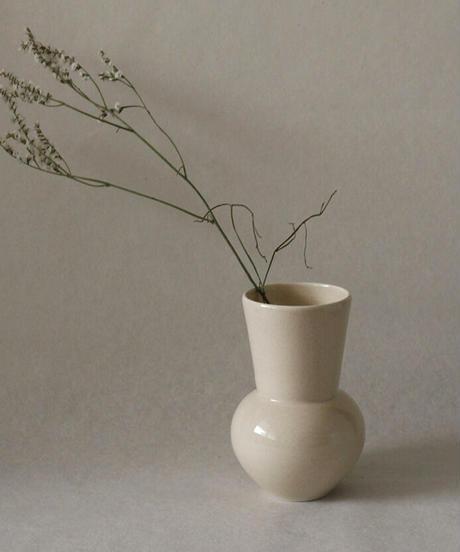 Beautiful ceramic vase by Lee Nuri