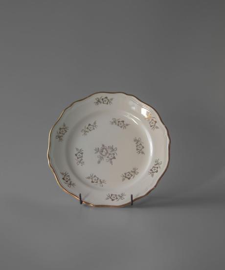 Saint Amand Plate