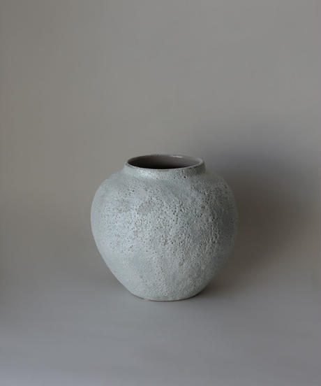 bubble stone white  flower vase