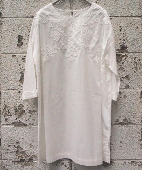 ガーゼ綿フラワーコード刺繍チュニック7分袖
