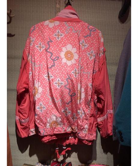 【USED 古着】90年代花柄プリントナイロンジャケット AM15295371-9