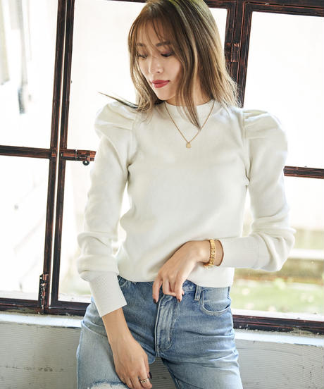 Puff shoulder knit TOP