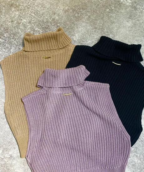 Grace Neck Knit TOP