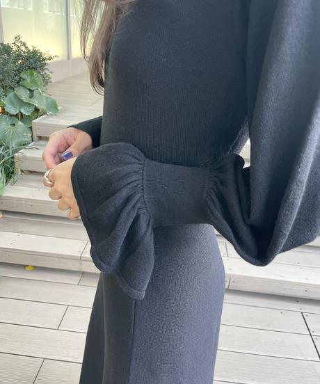 Puff Sleeve Slit Knit One-piece