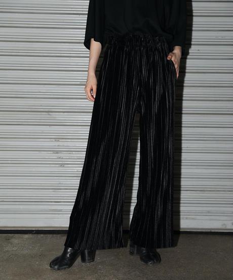 Shiny pleats pants