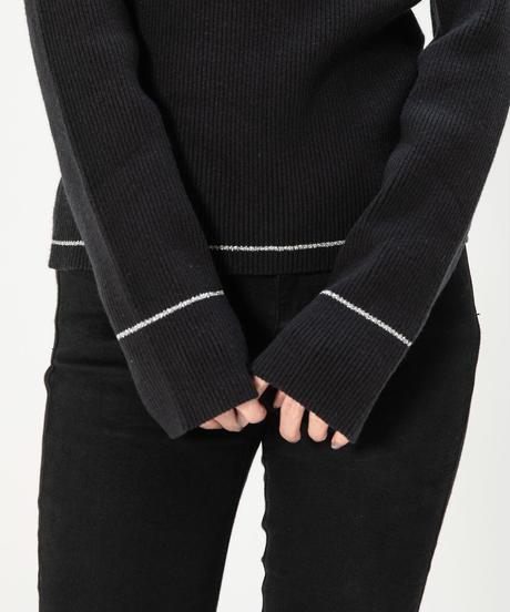 Shiny line knit TOP / SILVER