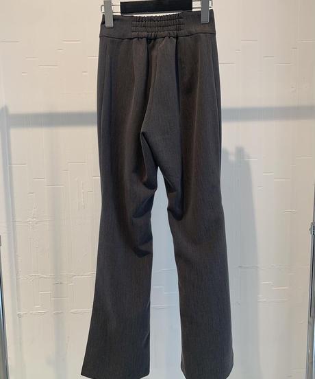 【即納】garçon Side Tuck Flare Pants / Gris