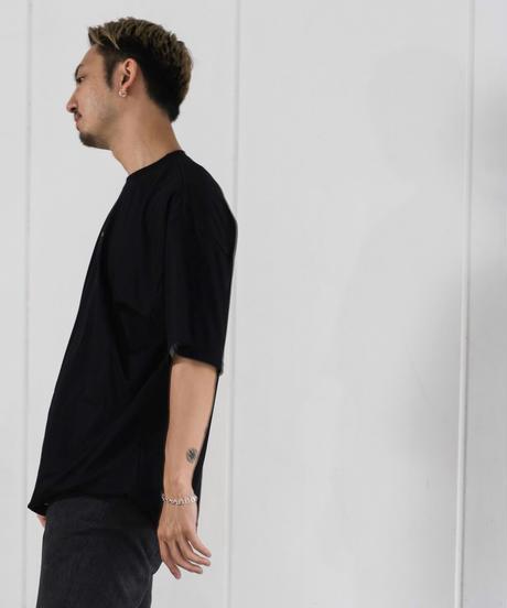 【UNISEX】FRONT LOGO TEE / BLACK