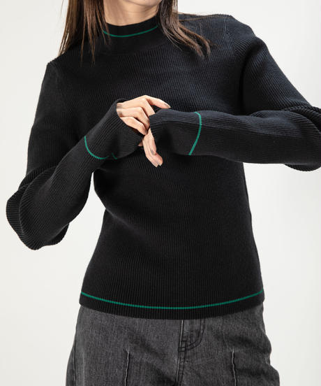 Shiny line knit TOP / GREEN
