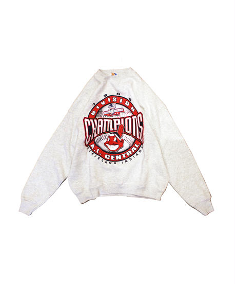 used:Cleveland Indians 98's CHAMPIONS long sleeve sweat