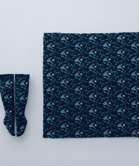 DIY クラシカルフリルワンピース (きなり)+ ソックス キット