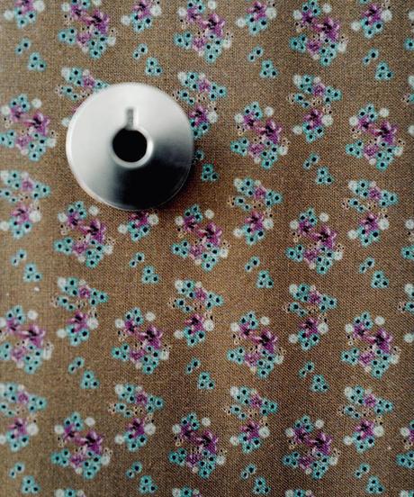 [06/15 予約販売] 青いアネモネ 茶色  ハノンオリジナルファブリック 20cm x 50cm