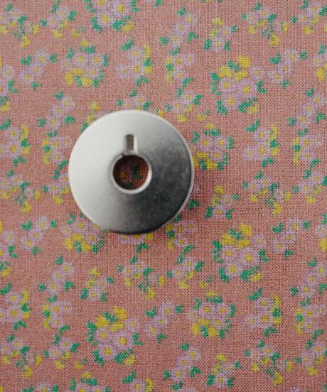 [01/13 予約販売] 春が待ち遠しい花 サーモンピンク色  ハノンオリジナルファブリック 20cm x 50cm