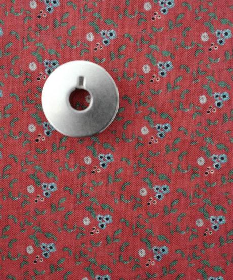 [01/13 予約販売] 青いアネモネ 赤色  ハノンオリジナルファブリック 20cm x 50cm